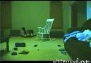 hayalet sandalye dikkatli izleyin