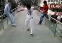 Köprüde Apaçi Dansı xD