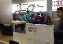 NewYork Apple Store'da Ankaralı Namık Rüzgarı =D