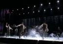 Singing In the Rain - Umbrella (feat. Gwyneth Paltrow) (s2ep7) [HQ]