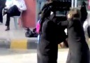 Wow... Arabian Girls Fighting On Road !!!